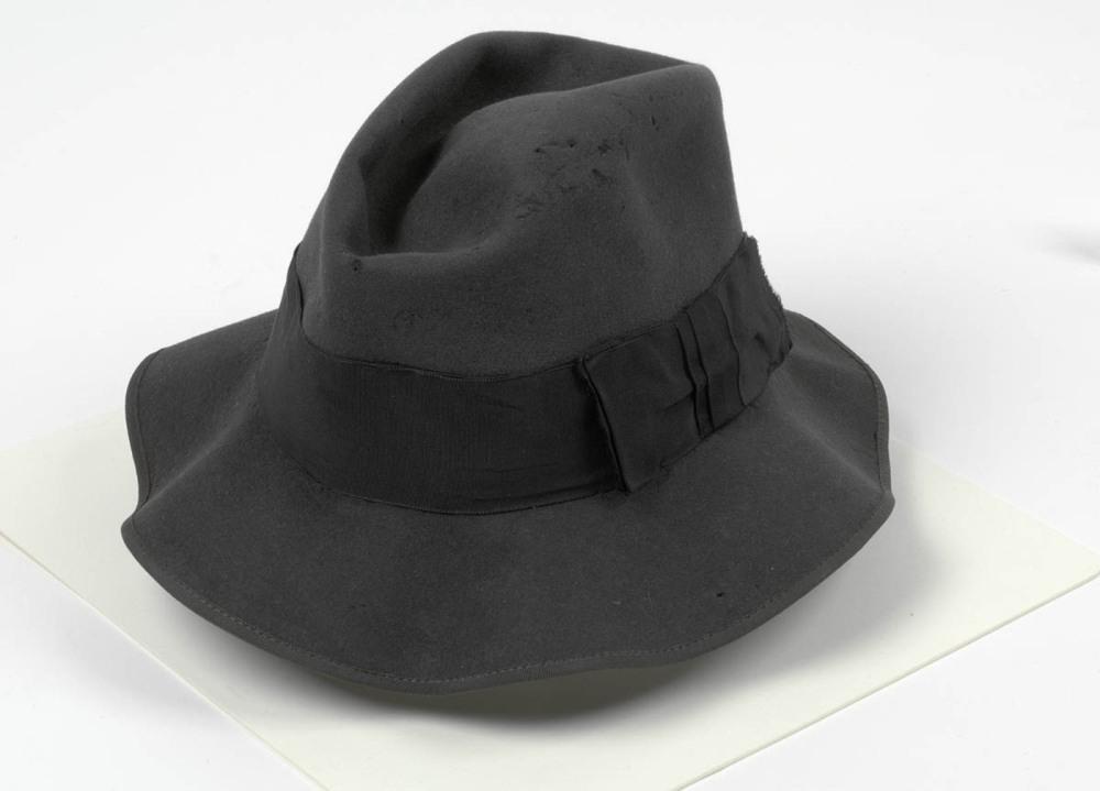 06b96ec8528 Hat belonging to Henry Lawson