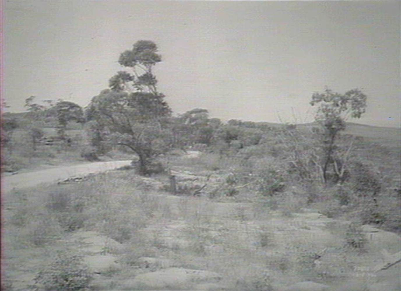 19fb0254b Looking east along main road 162 Feb 18th 1938. Image No.  d1 29543h